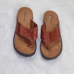 Naturalizer Cognac Sandals